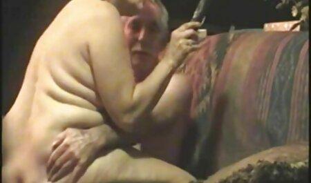 シャワーで大きなミルクバスを持つ脂肪女性と彼女の愛撫 女の子 向け 無料 エロ 動画